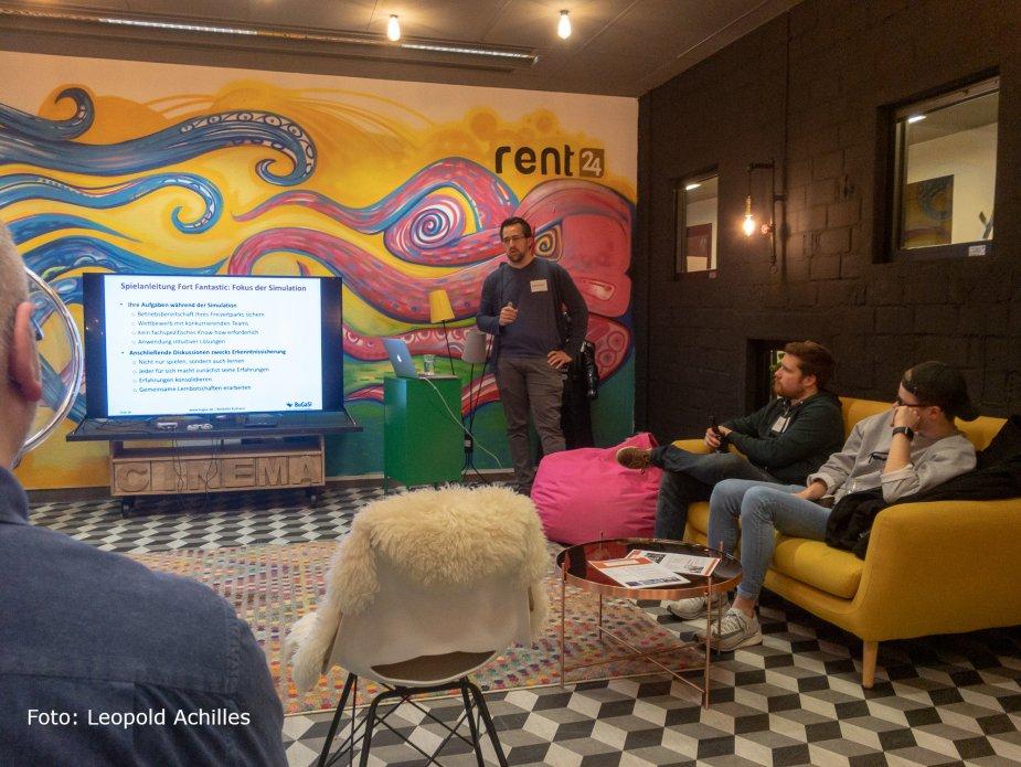 Benedikt Kulmann sprach auf dem UX-Stammtisch in Dortmund